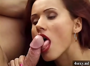 Brunette likes to suck(4sexy.ml)