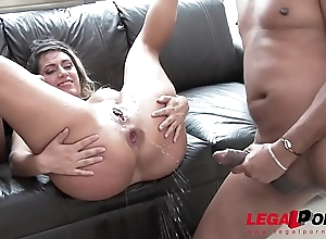 Mia Linz 3on1 monster bushwa fuck session with DP &amp_ pissing