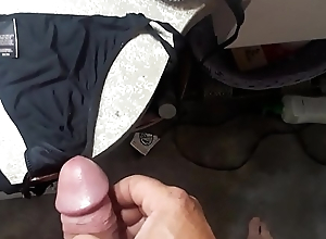 Jerking on my wife'_s panties