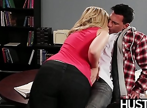 Temptress Alexis Texas drains all the cum from her partner