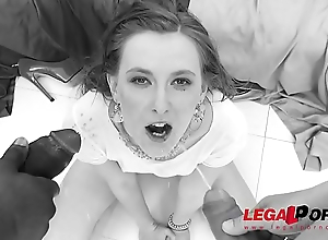 Linda Sweet rough fuck session with fisting, DP &amp_ pissing