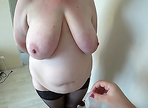 Milf came to the reception to the nurse and got an orgasm from fisting, a bbw doggystyle shakes beautiful booty, lesbians POV.