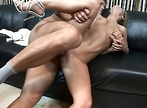 Hot young couple enjoy hot oral and pussy fuck until he gives Jenny Baby a big facial