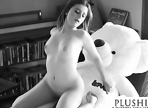 Sexy 18yo Costa Rica girl first epoch sex with teddy bear. full clamber up and squirting.