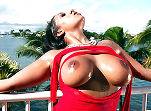 It's a beautiful day and Priya Price teases you with her bouncy boobs