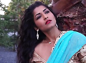 Mature Lady Maya Rai In Hindi Song