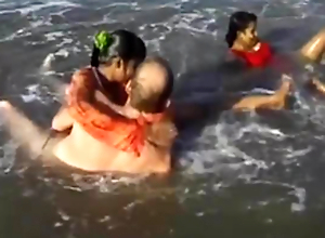 indian sex orgy insusceptible to the beach