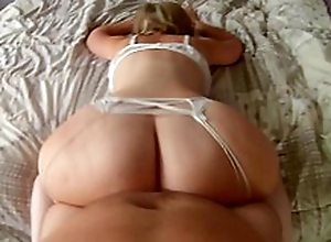 Mom rumours on an obstacle bed shaking outstanding ass before sex in adored XXX positions