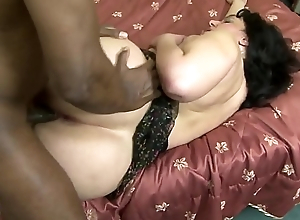 Very vicious lady likes disgraceful dicks that bonk her hard in her big ass