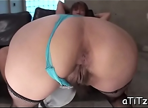 Gripping asian chick gives salacious and debauched titty fuck